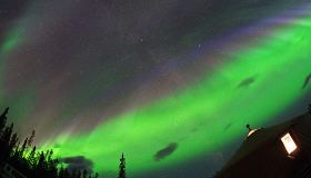 Yukon Aurora Delight | Westmark Whitehorse, Multi-Day Tour, Northernlights, Sightseeing, Summer/Fall, Winter