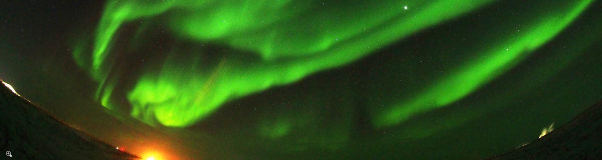 極北の冬の探検|アイスロードでタクトヤタクックへ