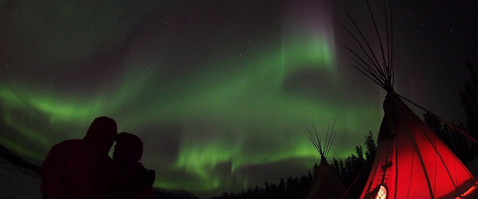 Best Value Aurora Viewing | Snowshoeing, Wildlife & Hot Springs