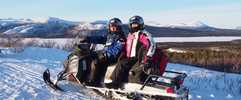 Arctic Day: Snowmobiling | full day