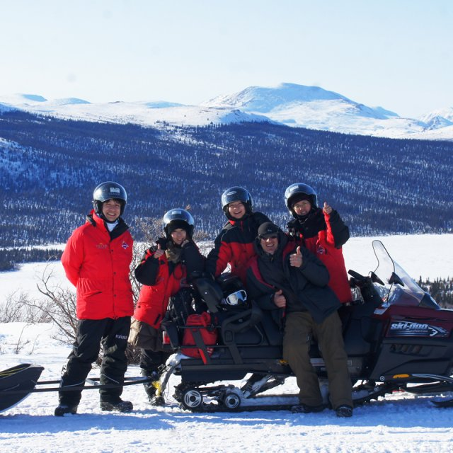 Arctic Day: Snowmobiling | half day (Mar 04, 2013)